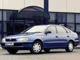 Toyota Carina E Liftback UK-spec 1996–97 wallpapers