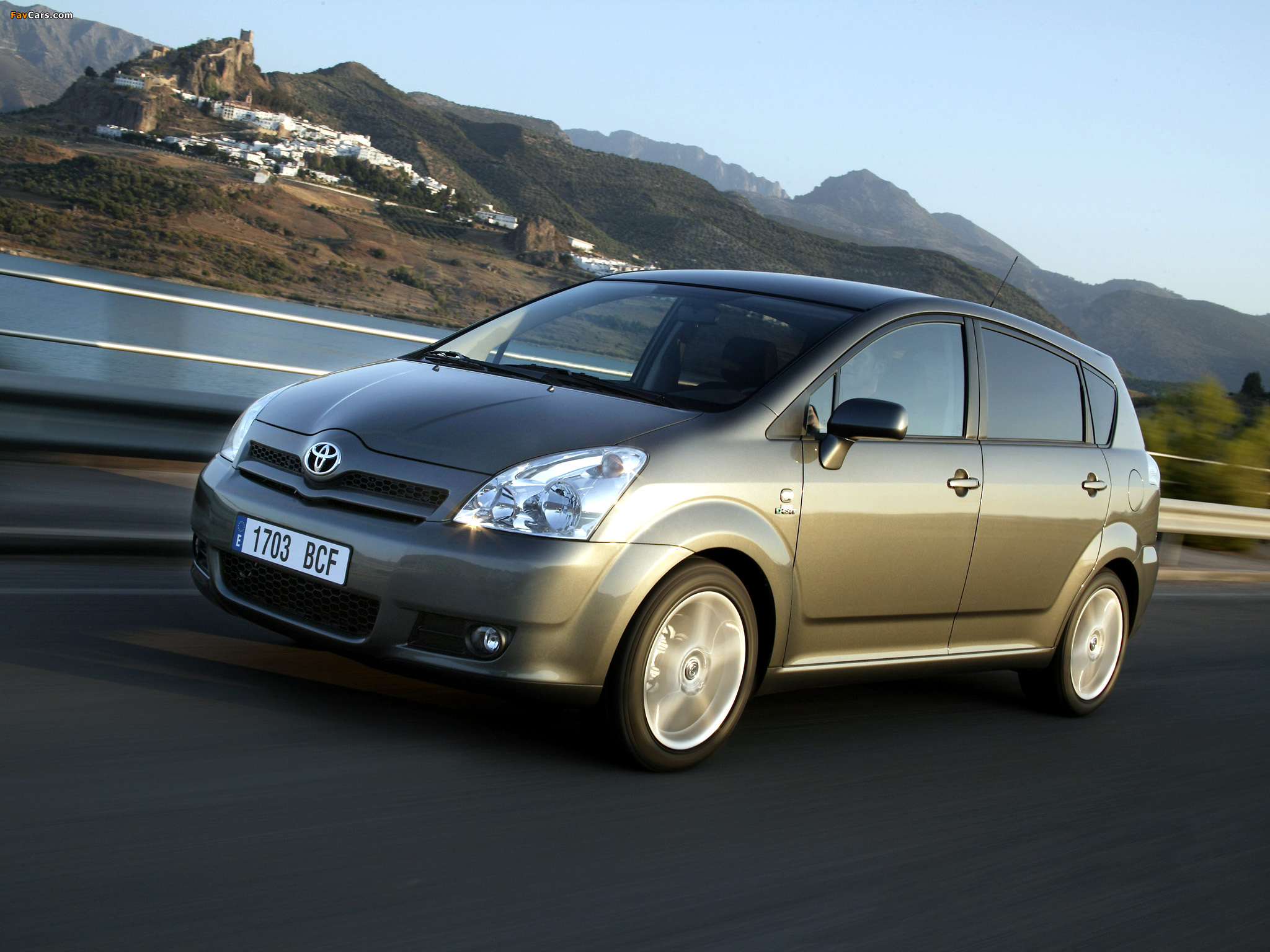 2004 toyota corolla reviews specs and prices autos post. Black Bedroom Furniture Sets. Home Design Ideas