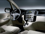 Toyota Corolla Verso 2001–04 wallpapers