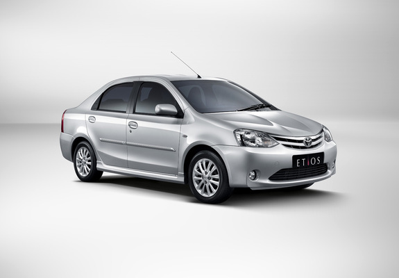 Download / Preview - Toyota Etios 2010 images