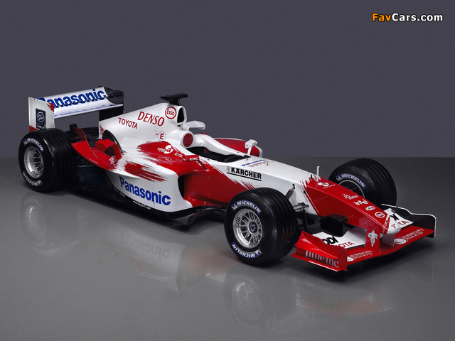 Toyota TF104 2004 photos (640 x 480)