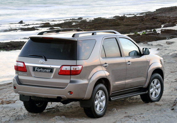 Pictures Of Toyota Fortuner Za Spec 2008 11 1600x1200