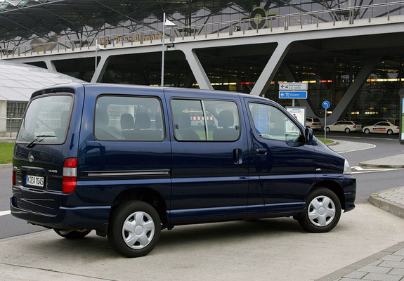 wallpapers of toyota hiace - photo #3