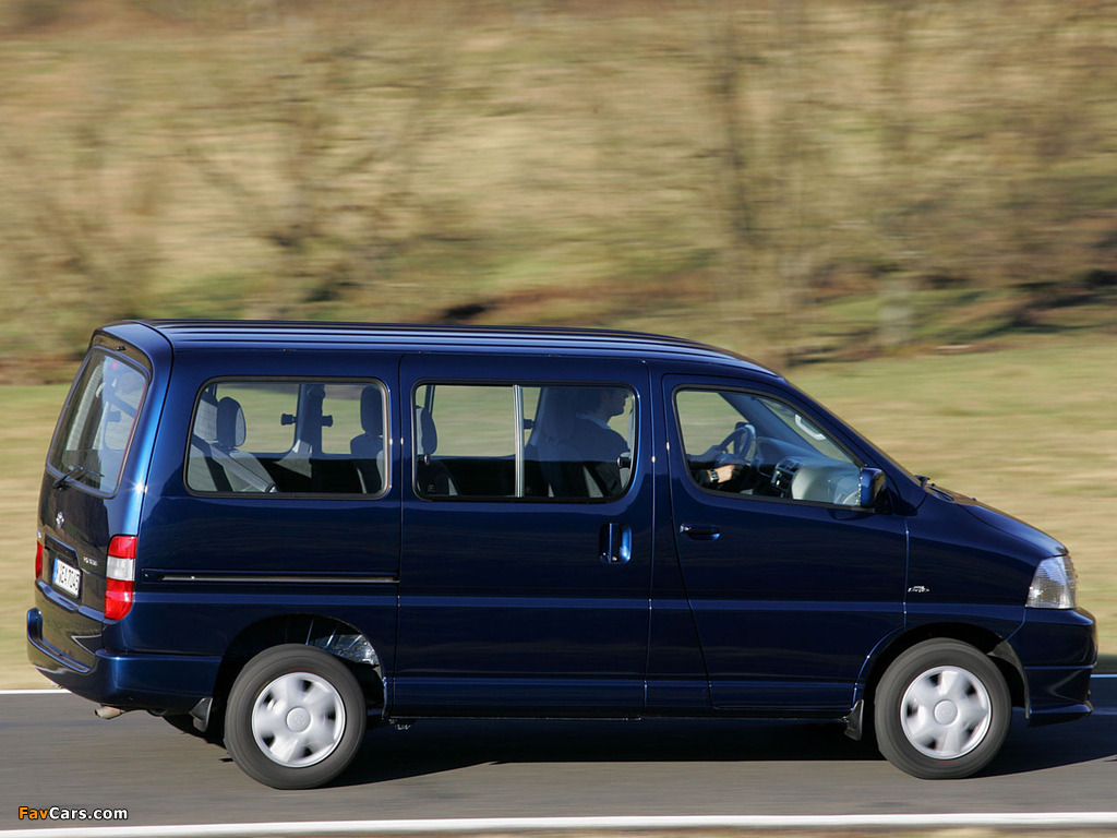 Wallpapers Of Toyota Hiace 2006 09 1024x768