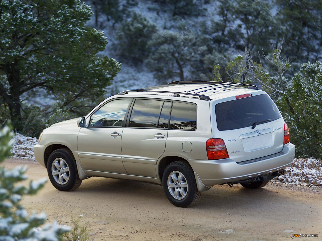 Toyota Highlander 2001 03 Photos 1280x960