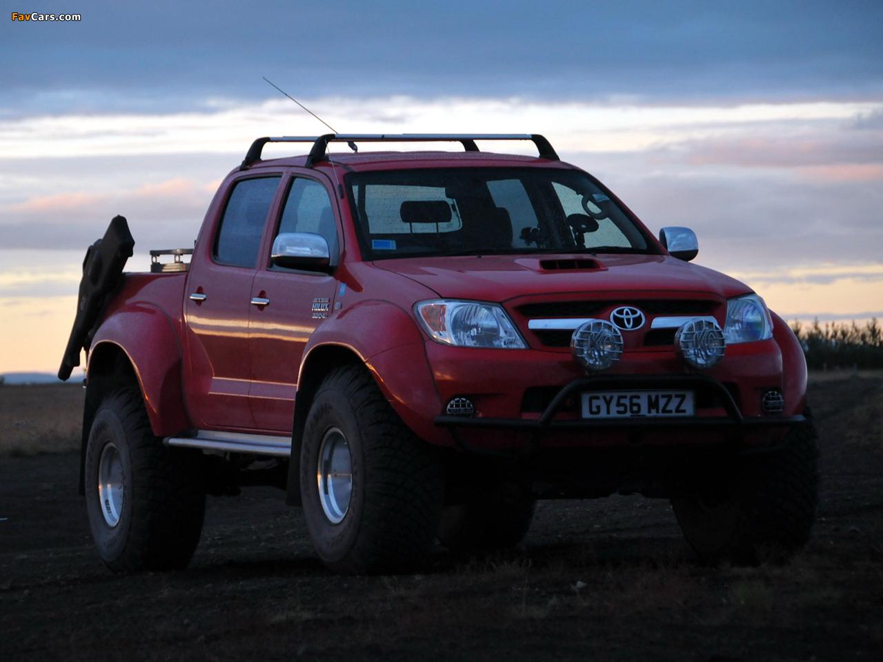 photos of arctic trucks toyota hilux invincible at38 2007. Black Bedroom Furniture Sets. Home Design Ideas
