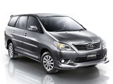 Toyota Innova 2011 wallpapers