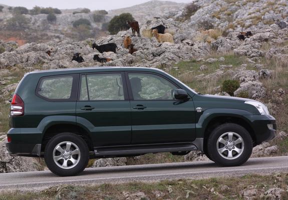 Prado Land Cruiser >> Toyota Land Cruiser Prado 5-door (J120W) 2003–07 photos (2048x1536)