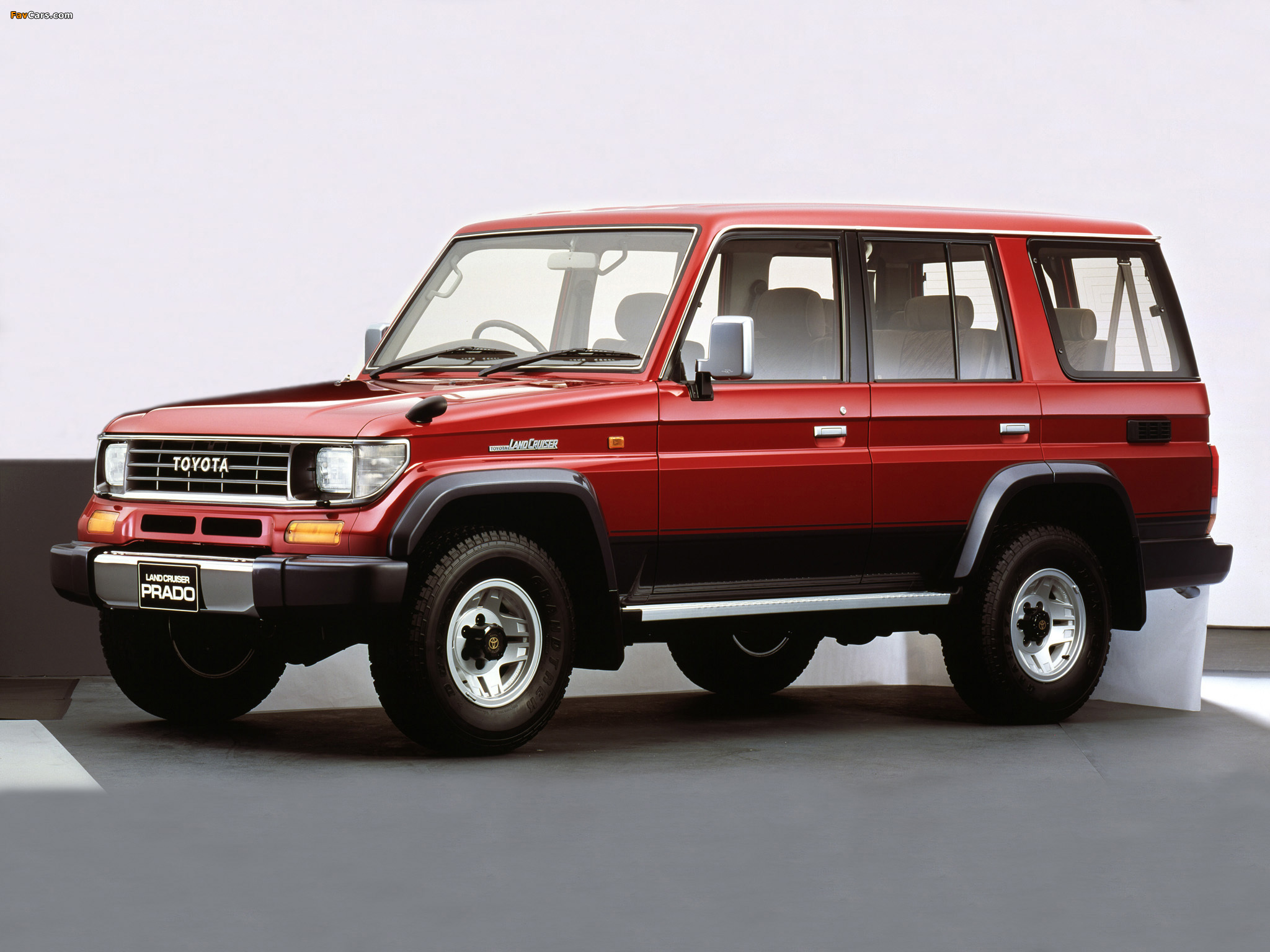 Fr furthermore 5815dea26635182d6a38cc91 further 2018 Land Rover Defender Price likewise Watch as well 2017 Land Cruiser Xtreme Xtreme Measures. on land cruiser prado 2018