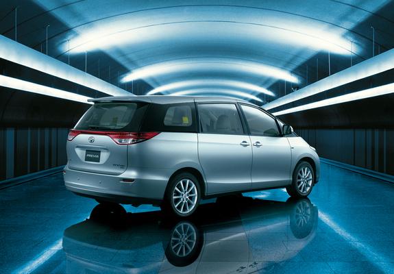 Toyota Previa Images