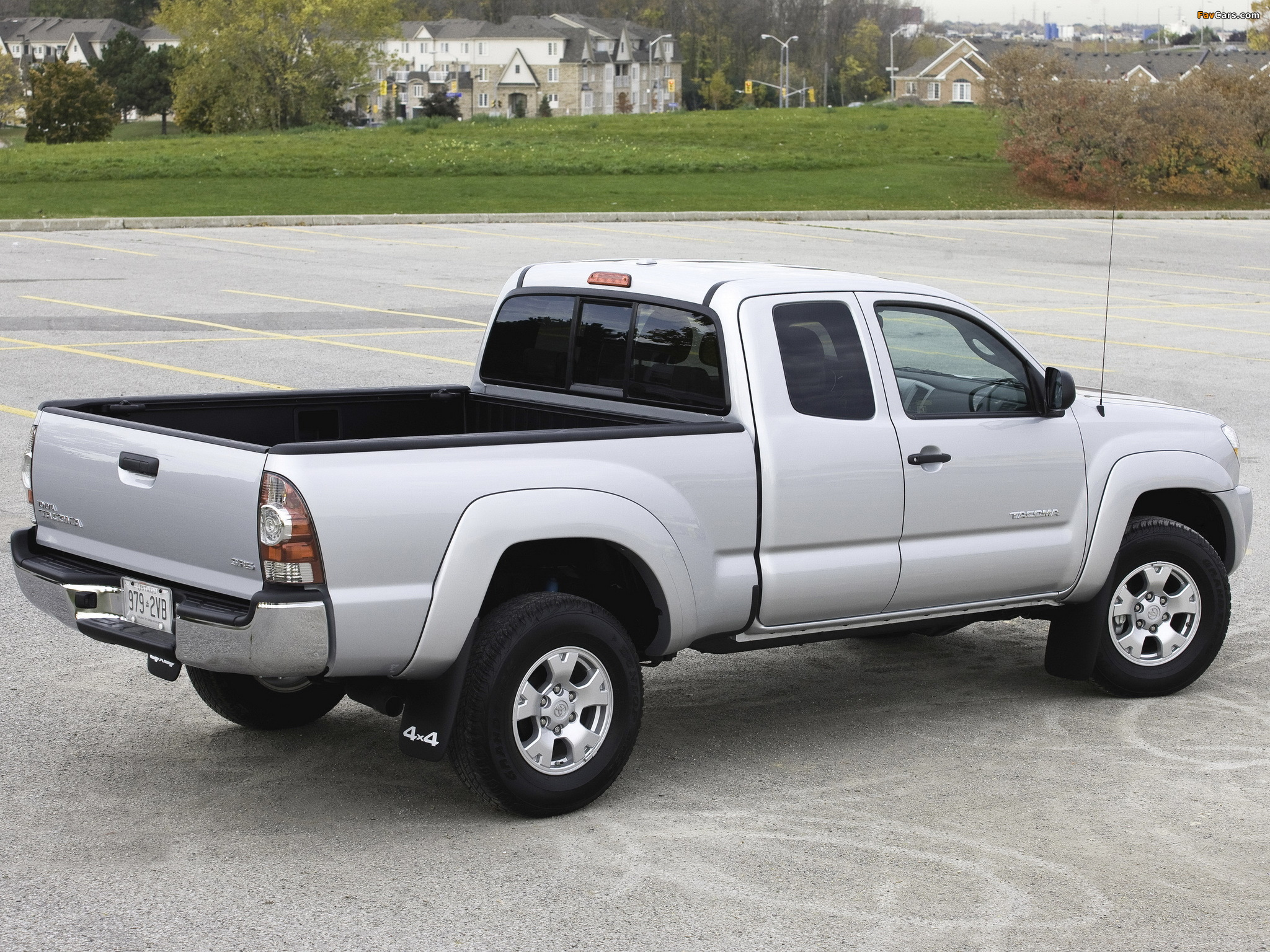 toyota tacoma sr5 access cab 2005 12 photos 2048x1536. Black Bedroom Furniture Sets. Home Design Ideas