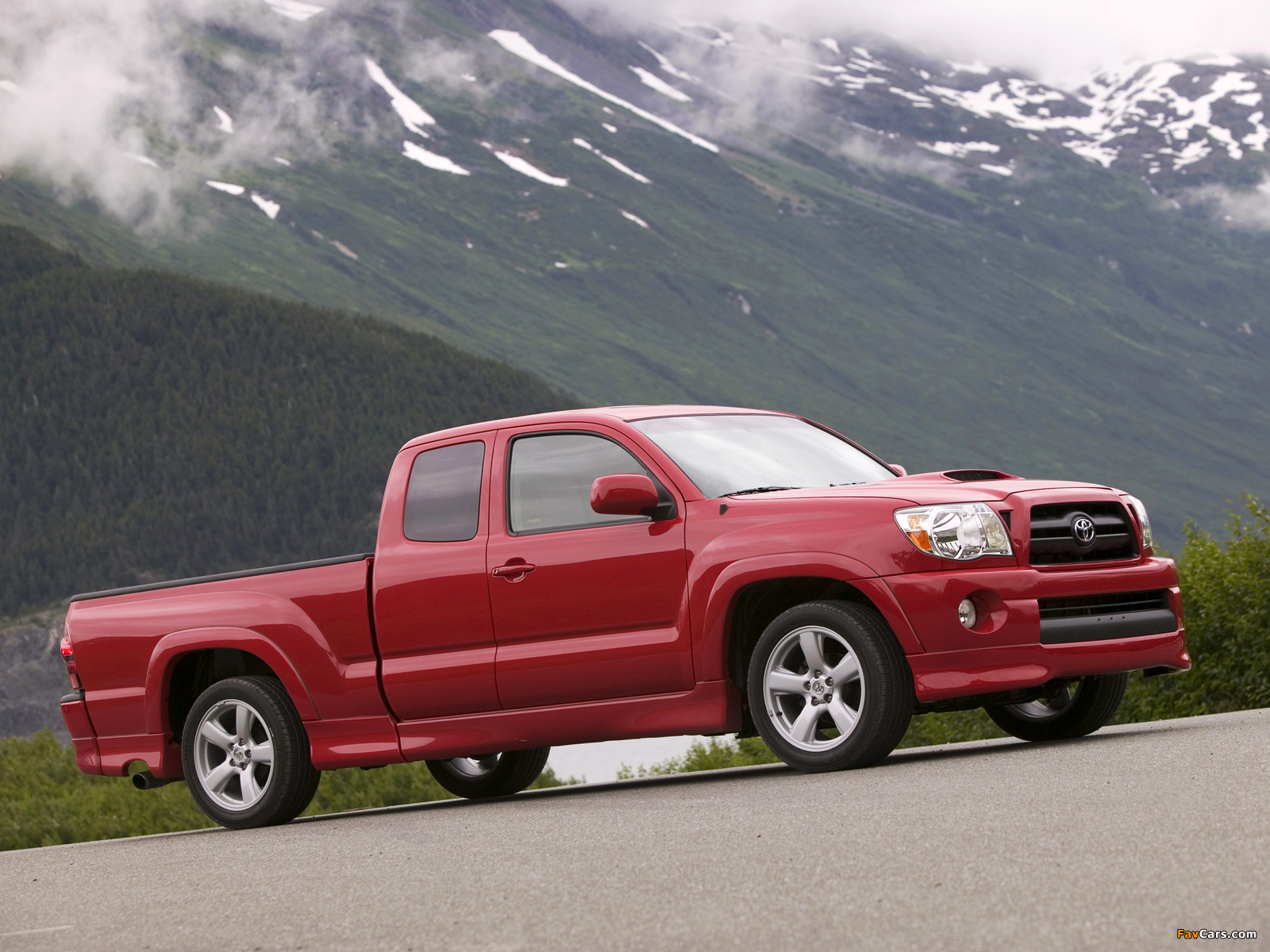 used 2015 toyota tacoma prices nadaguides. Black Bedroom Furniture Sets. Home Design Ideas