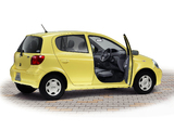Images of Toyota Vitz 5-door 2001–05