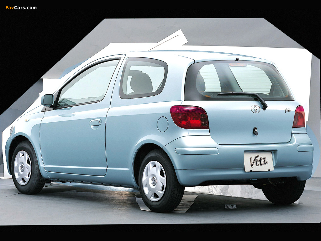 Photos Of Toyota Vitz 3 Door 2001 05 1024x768
