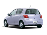 Toyota Vitz 5-door 2001–05 photos