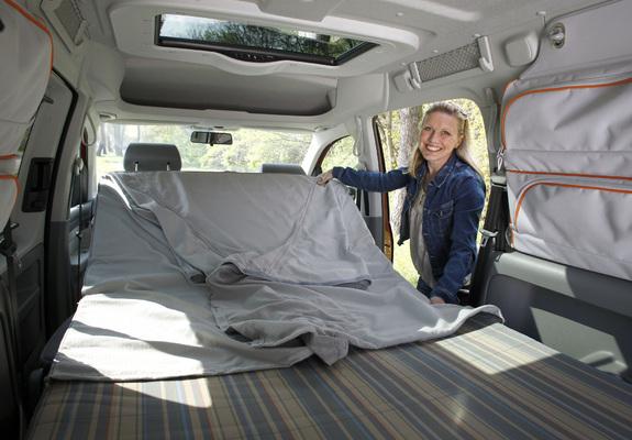 photos of volkswagen caddy tramper maxi type 2k 2007 10. Black Bedroom Furniture Sets. Home Design Ideas