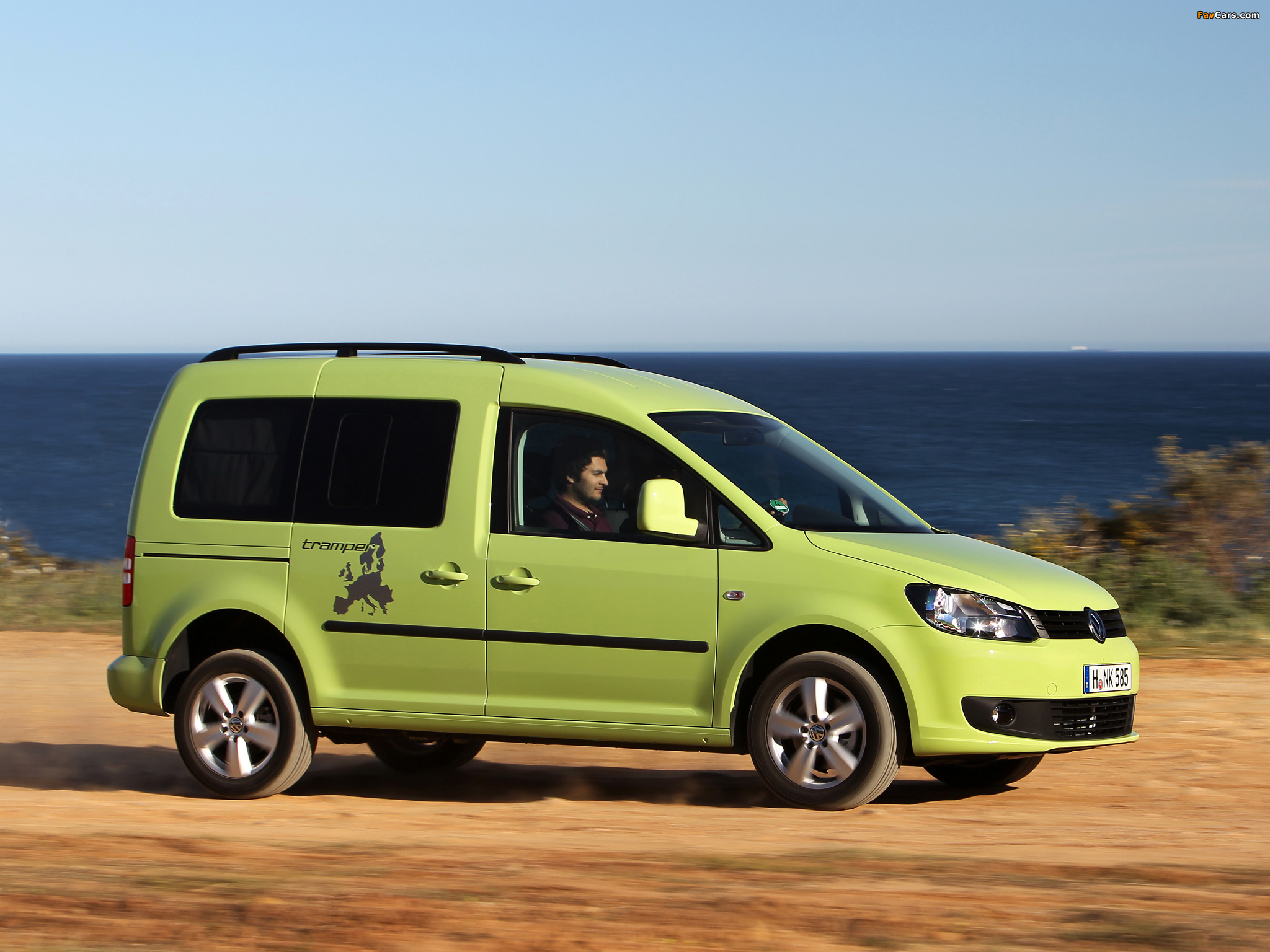 volkswagen caddy tramper type 2k 2010 wallpapers 2048x1536. Black Bedroom Furniture Sets. Home Design Ideas