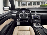 Volkswagen Phaeton W12 2010 wallpapers