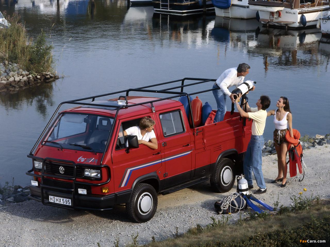 За период производства kia bongo было выпущено 3 поколения модели и совершено 2 фейслифтинга