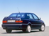 Images of Volkswagen Vento VR6 1992–98