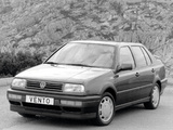 Volkswagen Vento GT 1991–98 photos