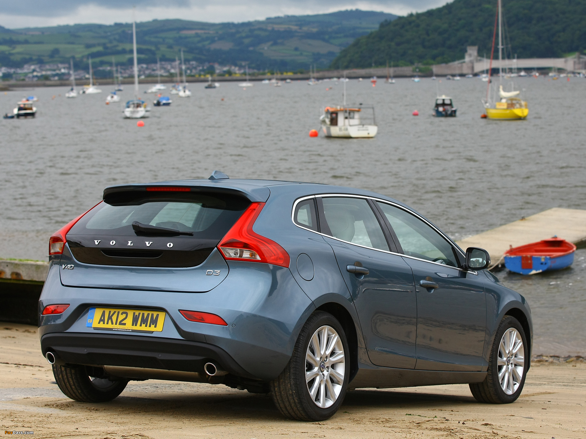 volvo v40 d3 uk spec 2012 pictures 2048x1536. Black Bedroom Furniture Sets. Home Design Ideas