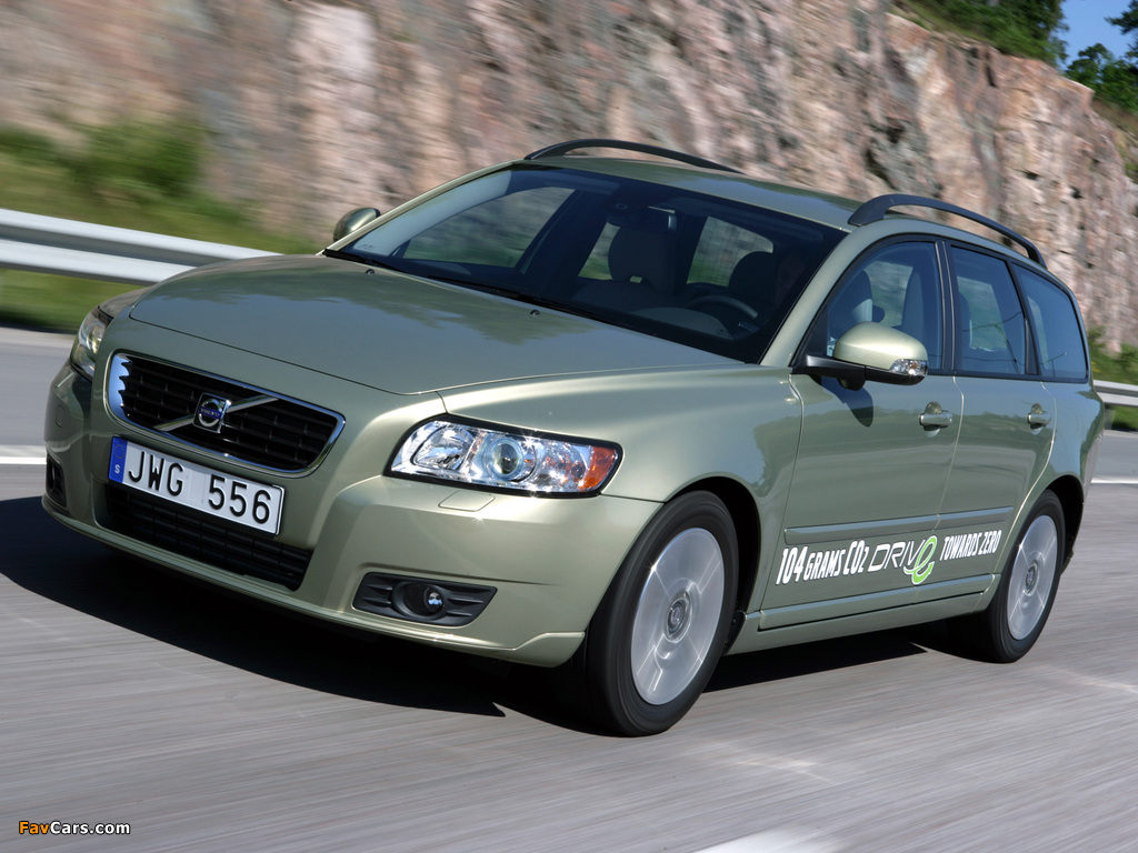 All types 2009 v50 wallpapers of volvo v50 drive 2009 1024 x 768