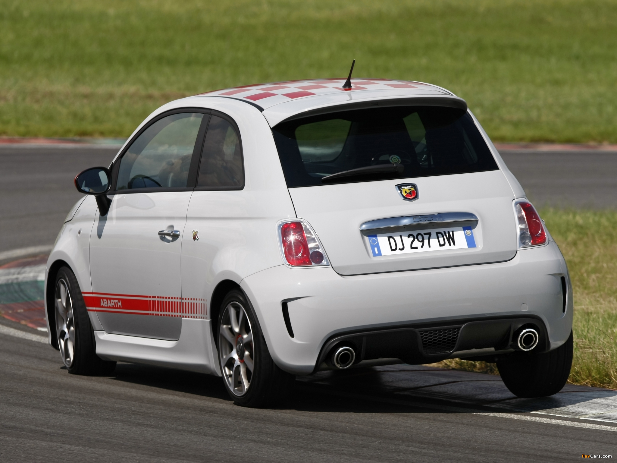 Abarth 500 Opening Edition 2008 Photos 2048x1536