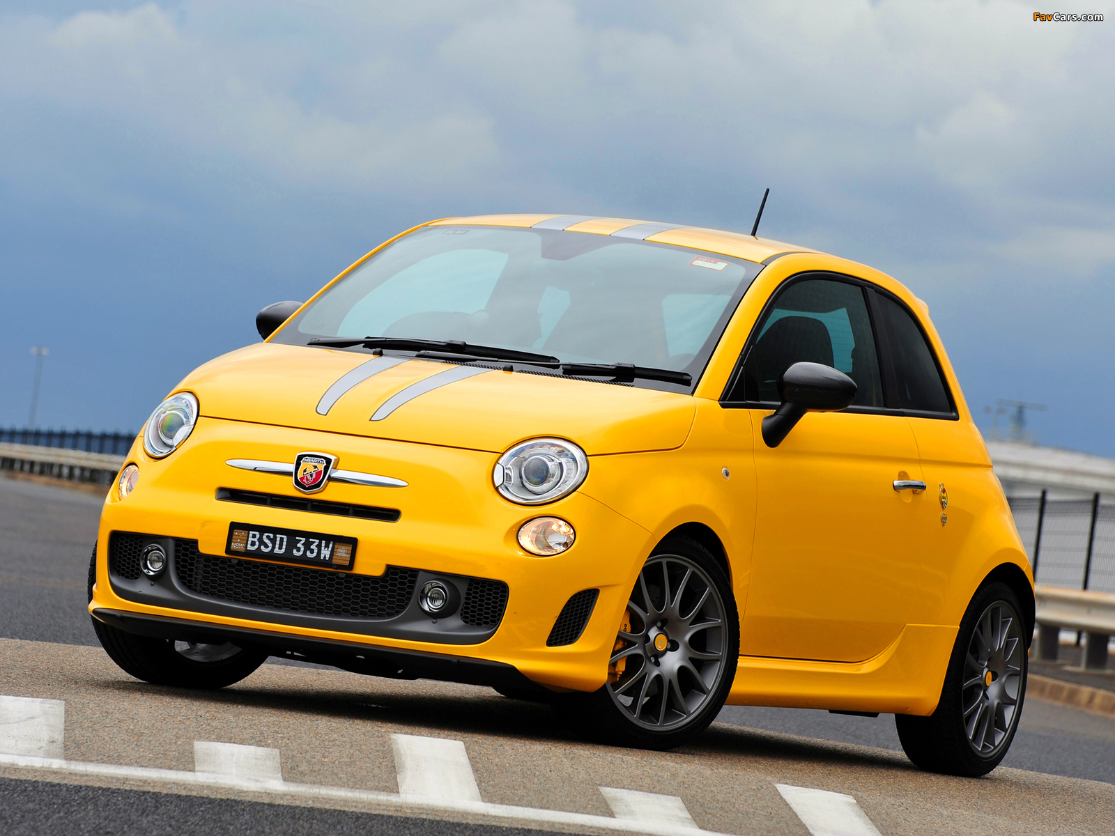 Abarth 695 Tributo Ferrari Au Spec 2011 Wallpapers