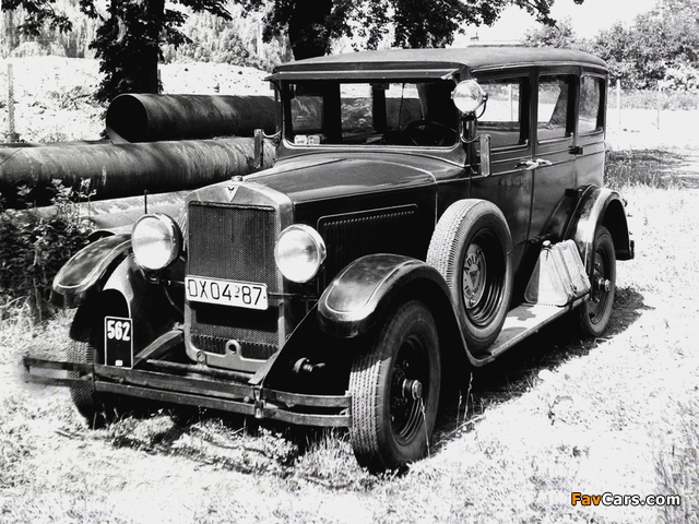 Photos of Adler Standard 8 4-door Limousine (1928–1933) (640 x 480)