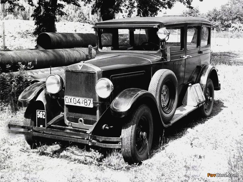 Photos of Adler Standard 8 4-door Limousine (1928–1933) (800 x 600)