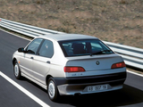 Alfa Romeo 146 930B (1995–1999) pictures