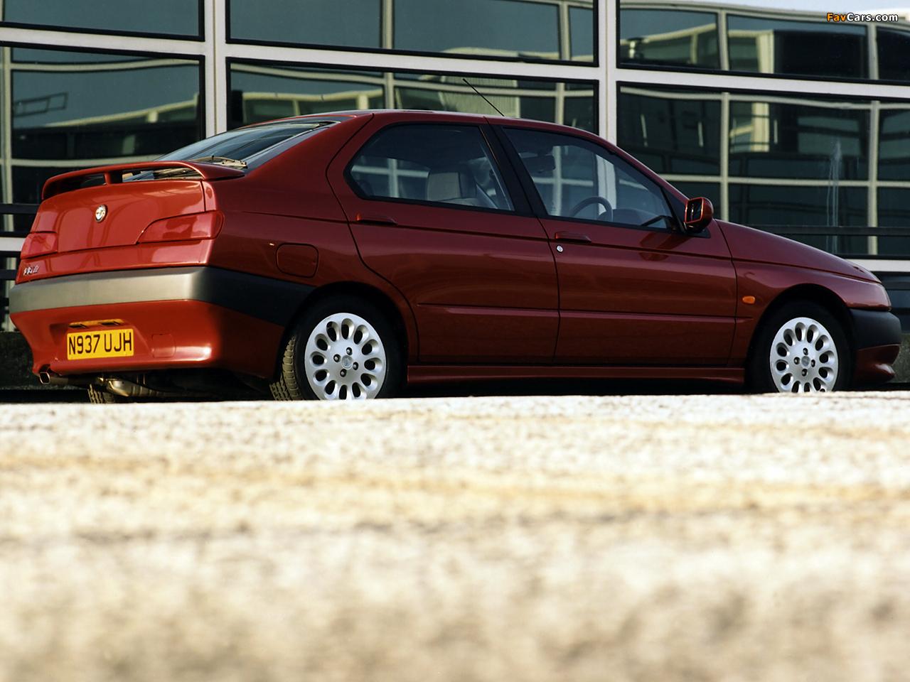 Alfa Romeo 146 Ti UK-spec (930B) 1996–99 images (1280 x 960)