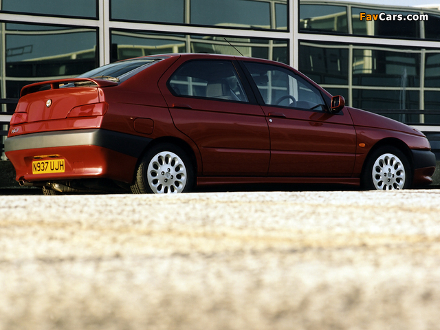 Alfa Romeo 146 Ti UK-spec (930B) 1996–99 images (640 x 480)