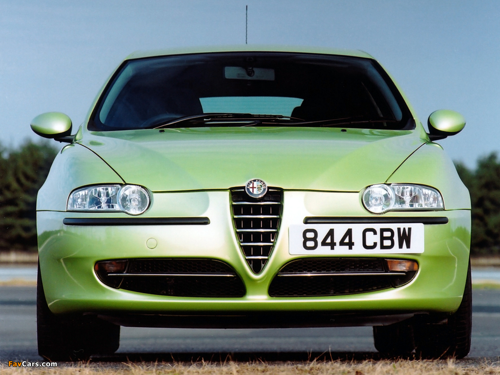 Alfa Romeo 147 3-door UK-spec 937A (2001–2004) images (1024 x 768)