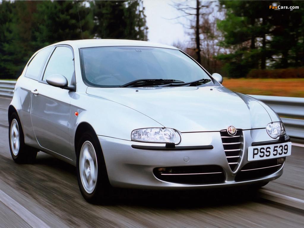 Alfa Romeo 147 3-door UK-spec 937A (2001–2004) photos (1024 x 768)