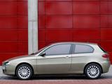 Alfa Romeo 147 3-door 937A (2004–2009) pictures