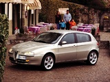 Alfa Romeo 147 5-door 937B (2001–2004) pictures