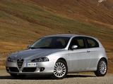 Photos of Alfa Romeo 147 3-door 937A (2004–2009)