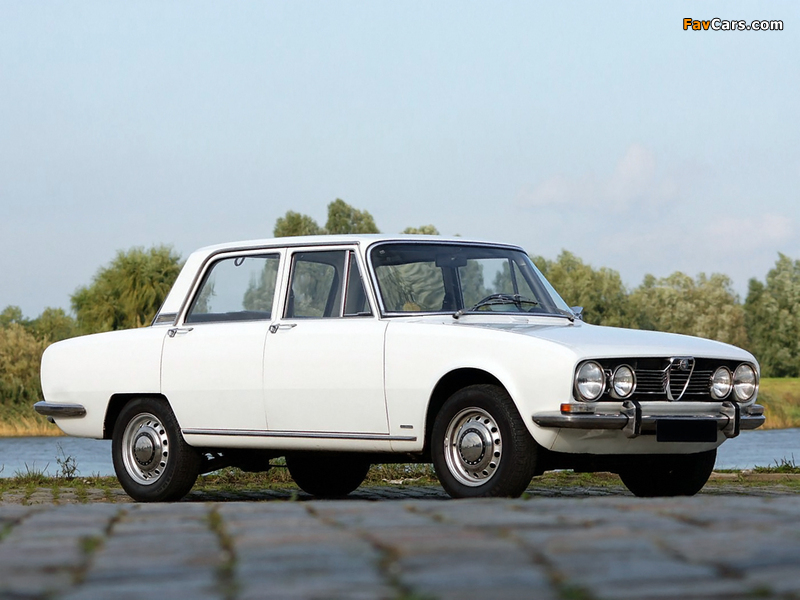Alfa Romeo 1750 Berlina 105 (1967–1969) images (800 x 600)