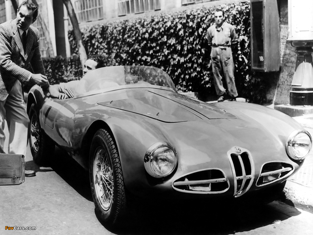 Photos of Alfa Romeo 1900 C52 Disco Volante Spider Fianchi Stretti 1359 (1952) (1024 x 768)