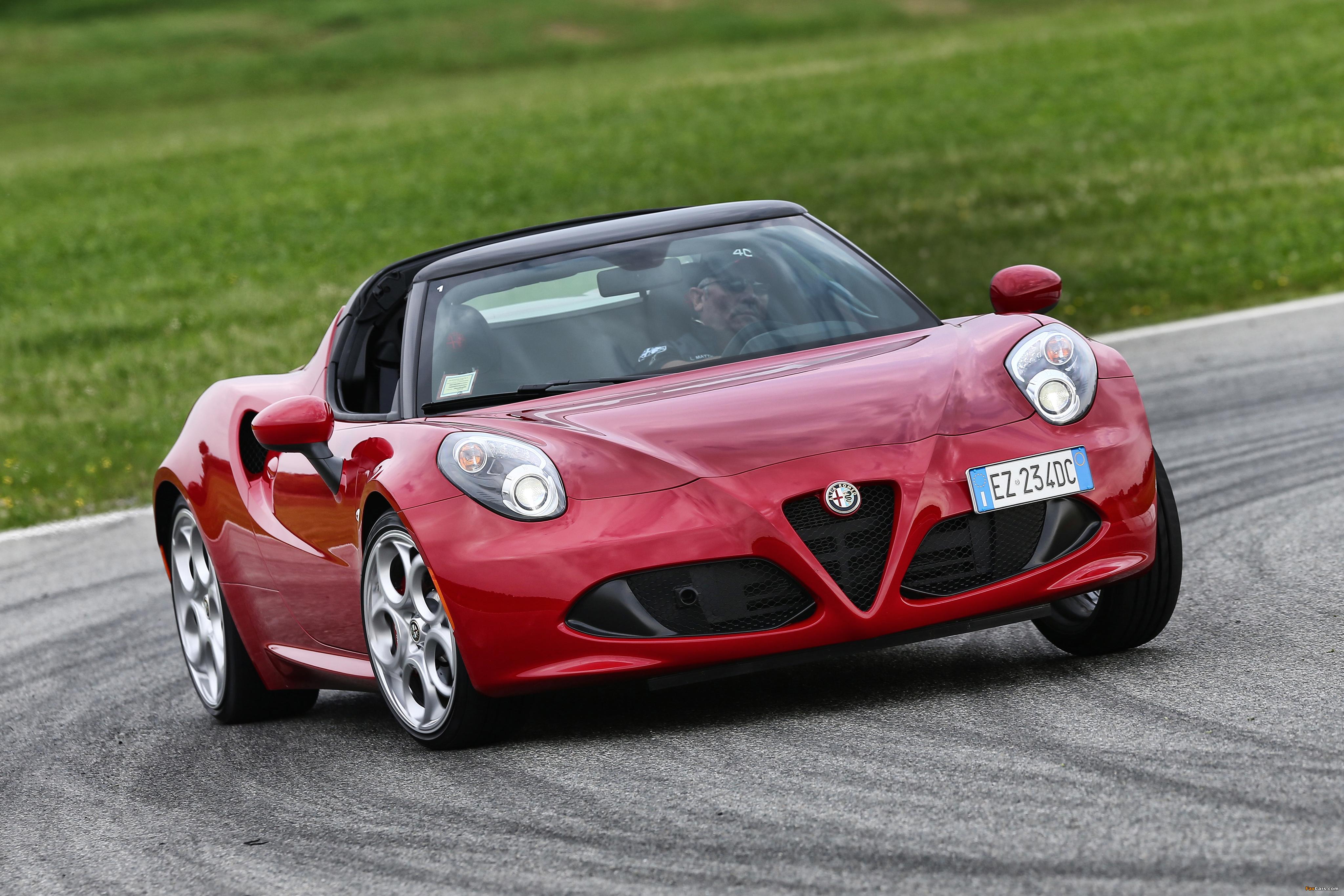 Alfa Romeo 4C Spider (960) 2015 images (4096 x 2731)