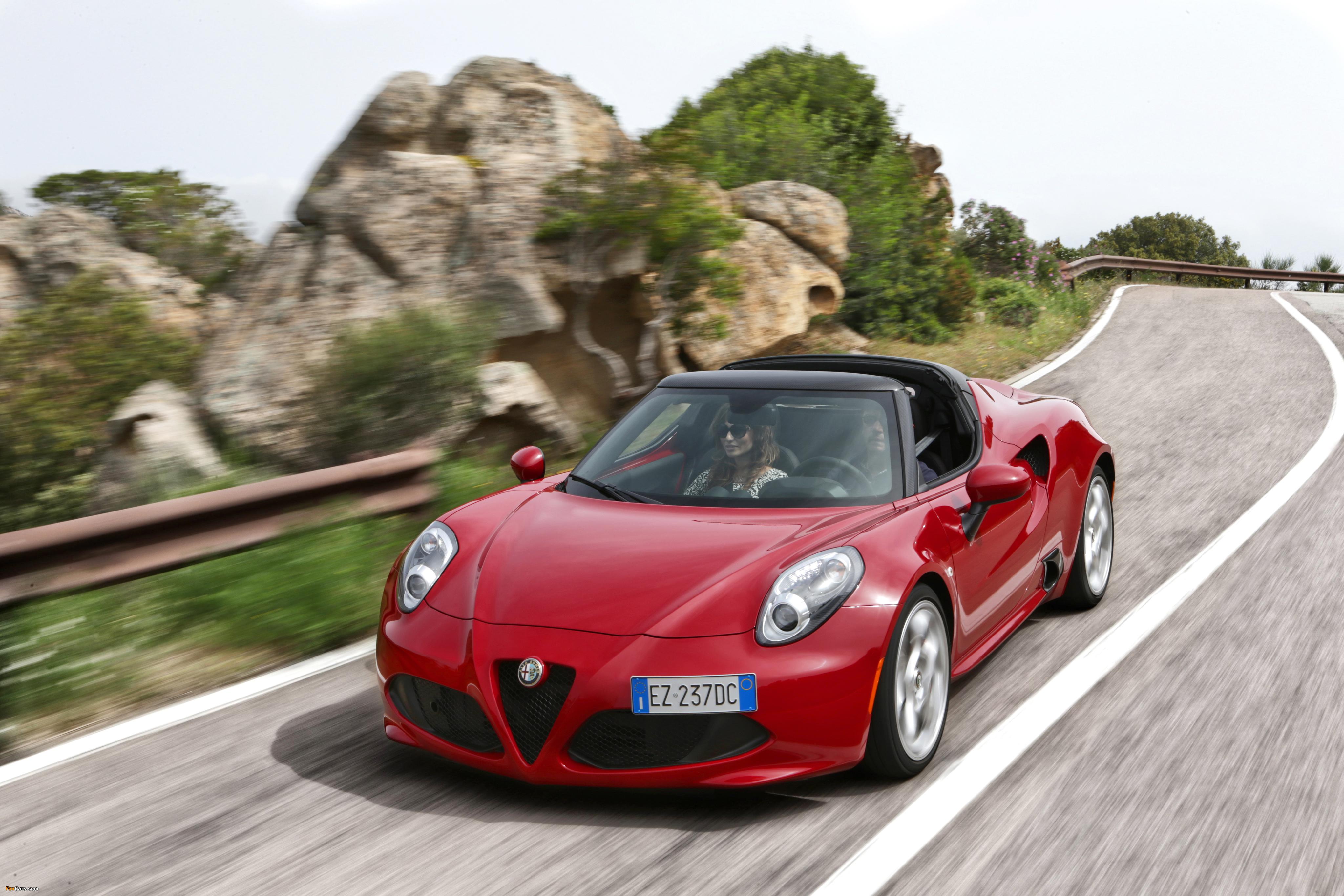 Alfa Romeo 4C Spider (960) 2015 wallpapers (4096 x 2731)