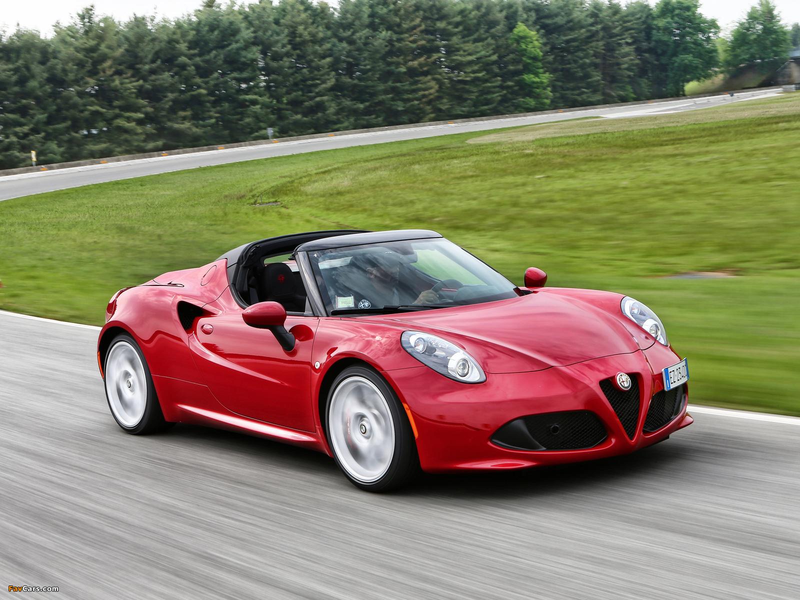 Photos of Alfa Romeo 4C Spider (960) 2015 (1600 x 1200)