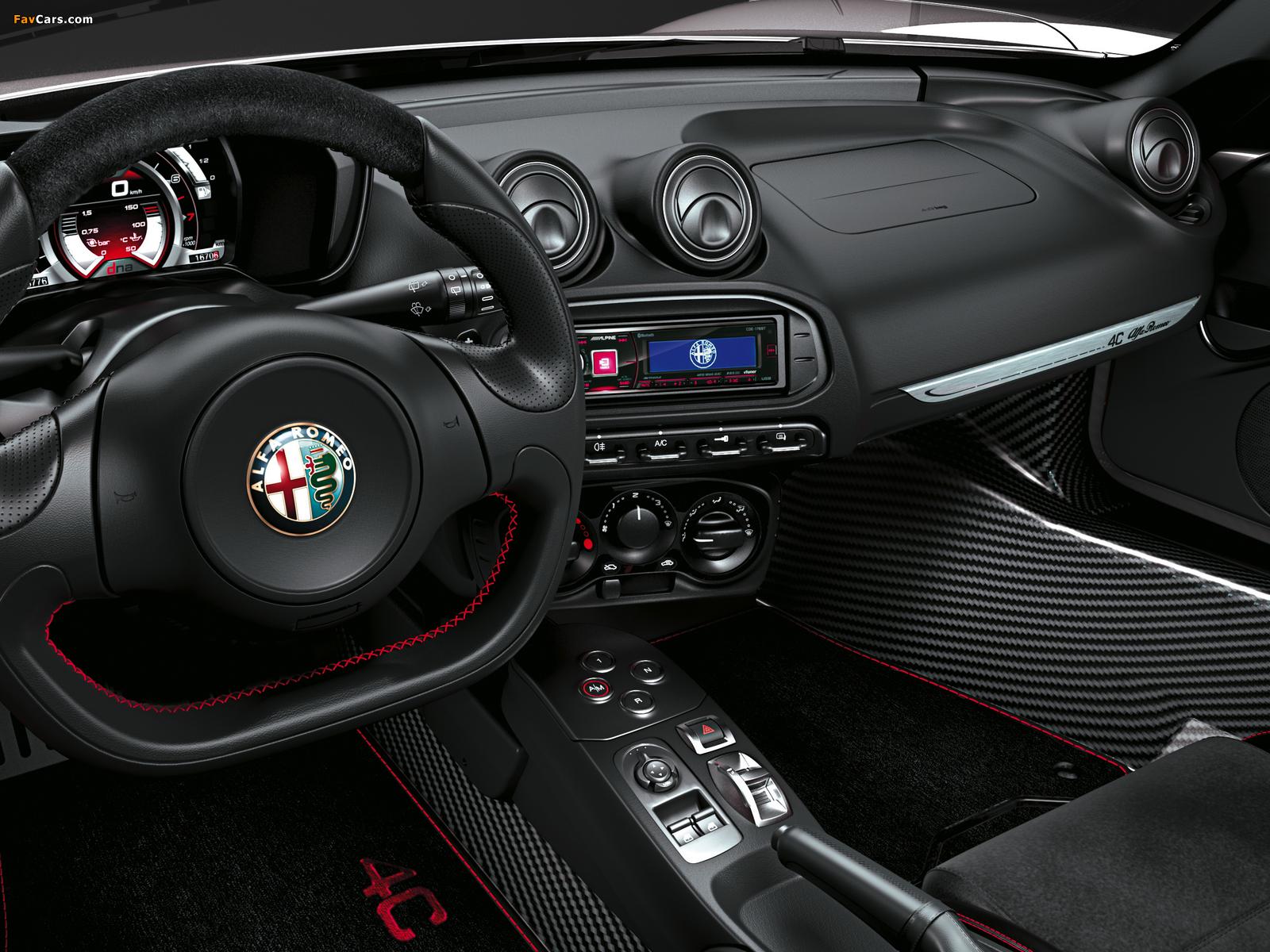 Alfa Romeo 4C Spider (960) 2015 wallpapers (1600 x 1200)