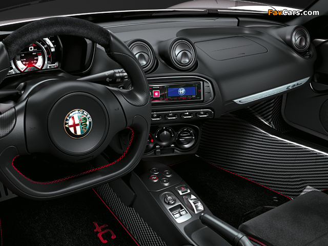 Alfa Romeo 4C Spider (960) 2015 wallpapers (640 x 480)