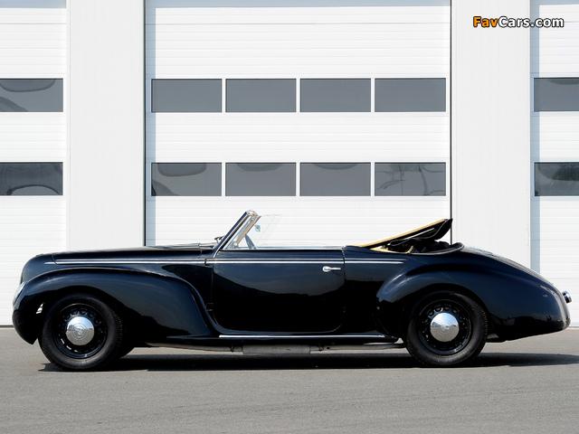Pictures of Alfa Romeo 6C 2500 S Cabriolet (1939) (640 x 480)