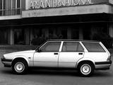 Photos of Alfa Romeo 75 Sportwagon 162B (1987)