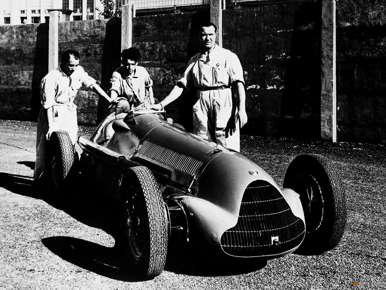 Photos of Alfa Romeo Tipo 158/47 Alfetta (1947–1950) (1280 x 960)