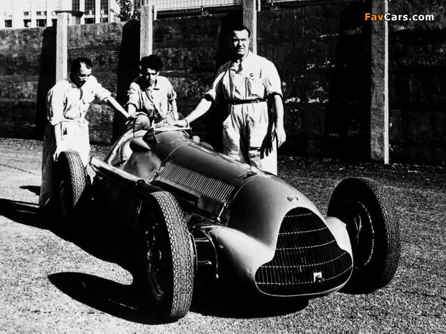 Photos of Alfa Romeo Tipo 158/47 Alfetta (1947–1950) (640 x 480)